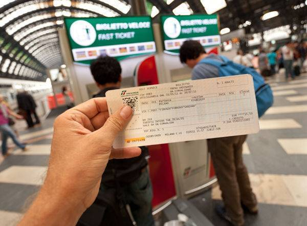 tips-transportation-train-ticket.jpg